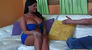 Babysitting milf loves doggystyle pounding