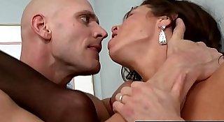 Brazzers - Milfs Like it Big -  Mistress P.I. scene starring Veronica Avluv and Johnny Sins