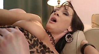 MILF loves her sweet ass fucked