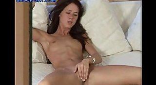 Hot-Teen-Cumming